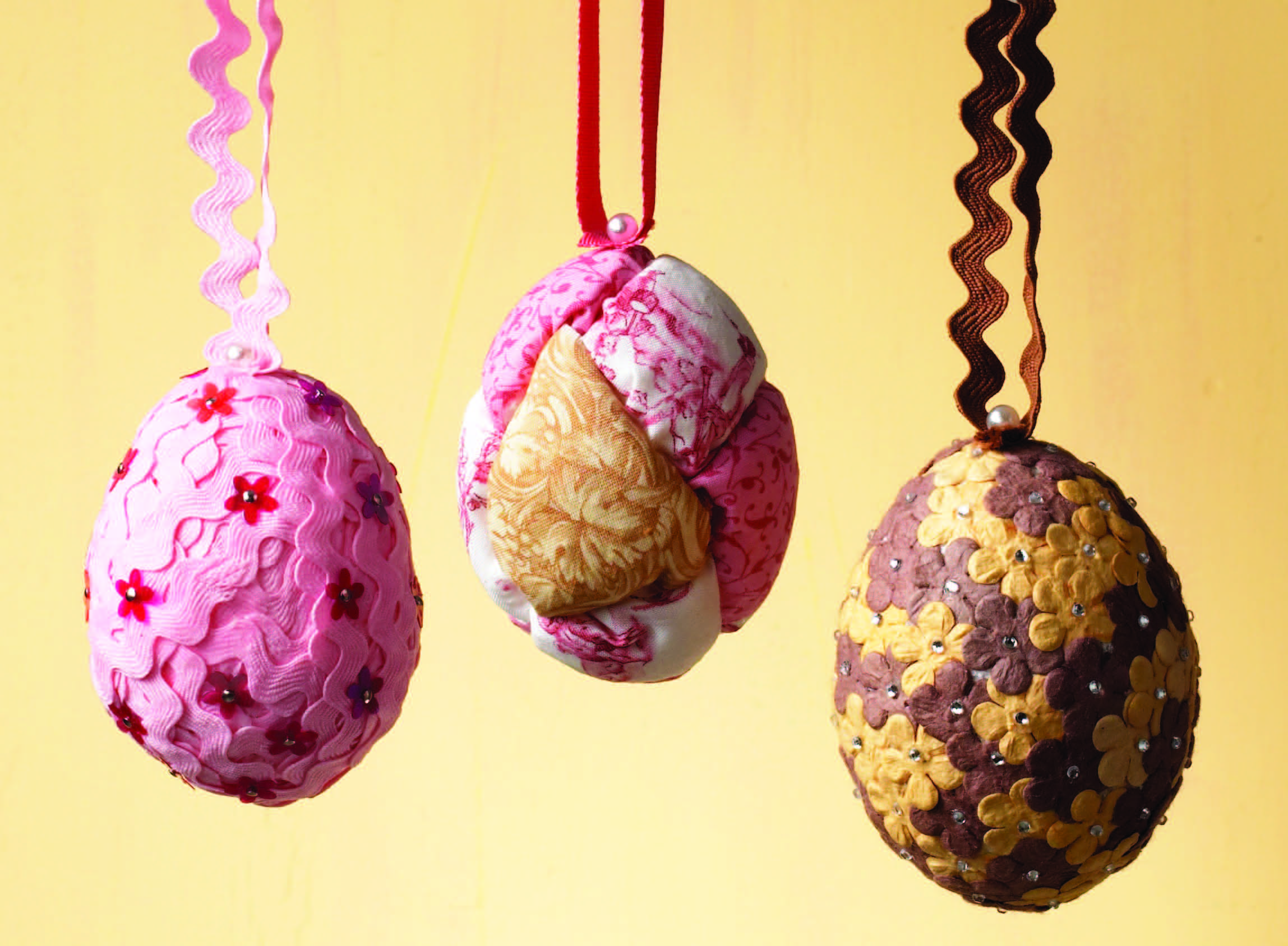 Sewing-Trim-Easter-Eggs